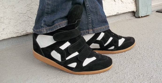 wedge sneaker