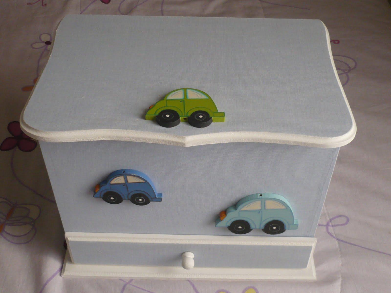 Bicho da Madeira Joinville: Caixa para quarto de bebê! #4C631B 1600x1200