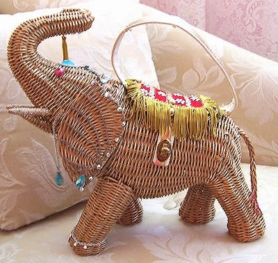 Wicker Elephant Handbag - Vintage Purse Gallery - Hello, Handbag