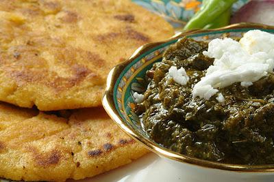 Punjabi Food - Makki Di Roti Sarson Da Saag