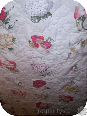 ProsperityStuff Window Quilt free-motion quilting