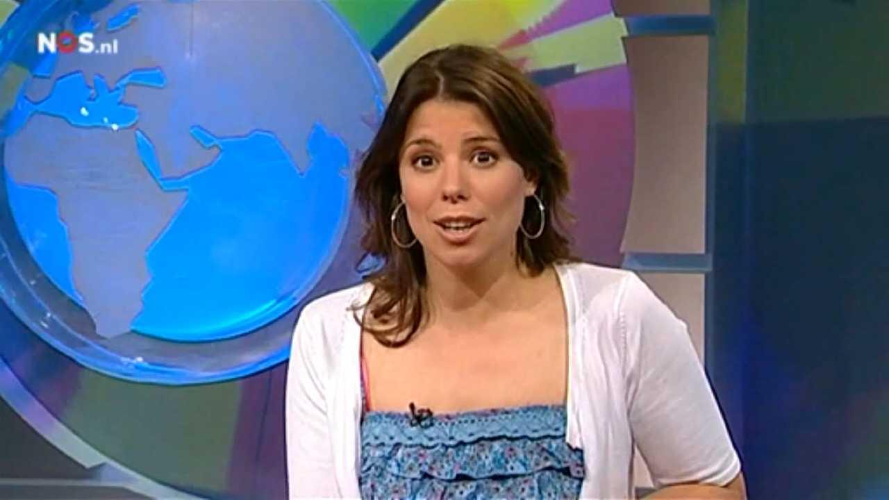 Dutch babes rozemarijn 39 roos 39 moggr presentatrice nos jeugdjournaal dutch babes for Van de tv