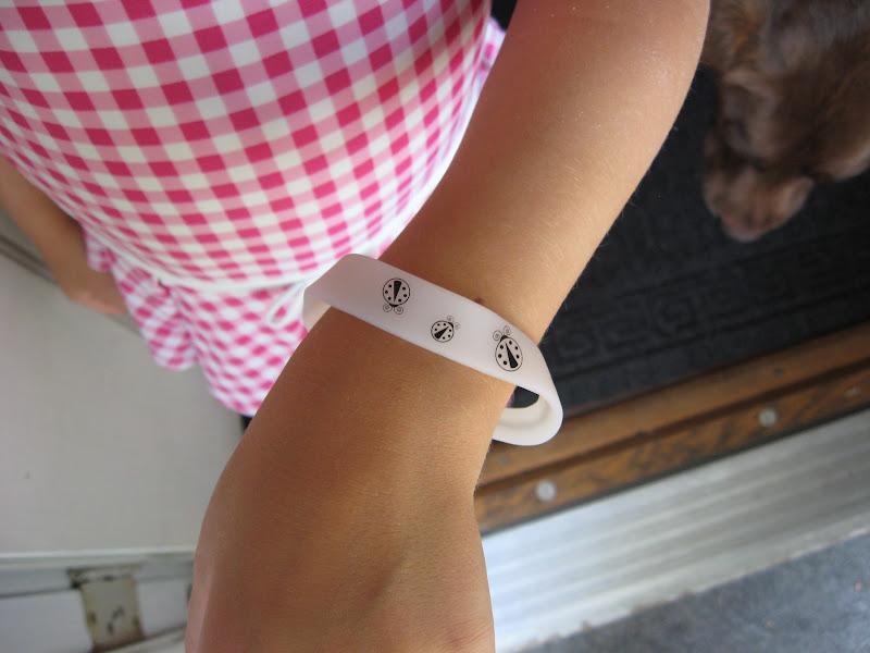 One Little Word She Knew: Goddess Garden Sunscreen And UV Bracelets Review