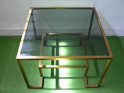 mesa-de-laton-dorado