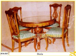 Kursi dan Meja Makan Ukiran Kayu Jati Biola