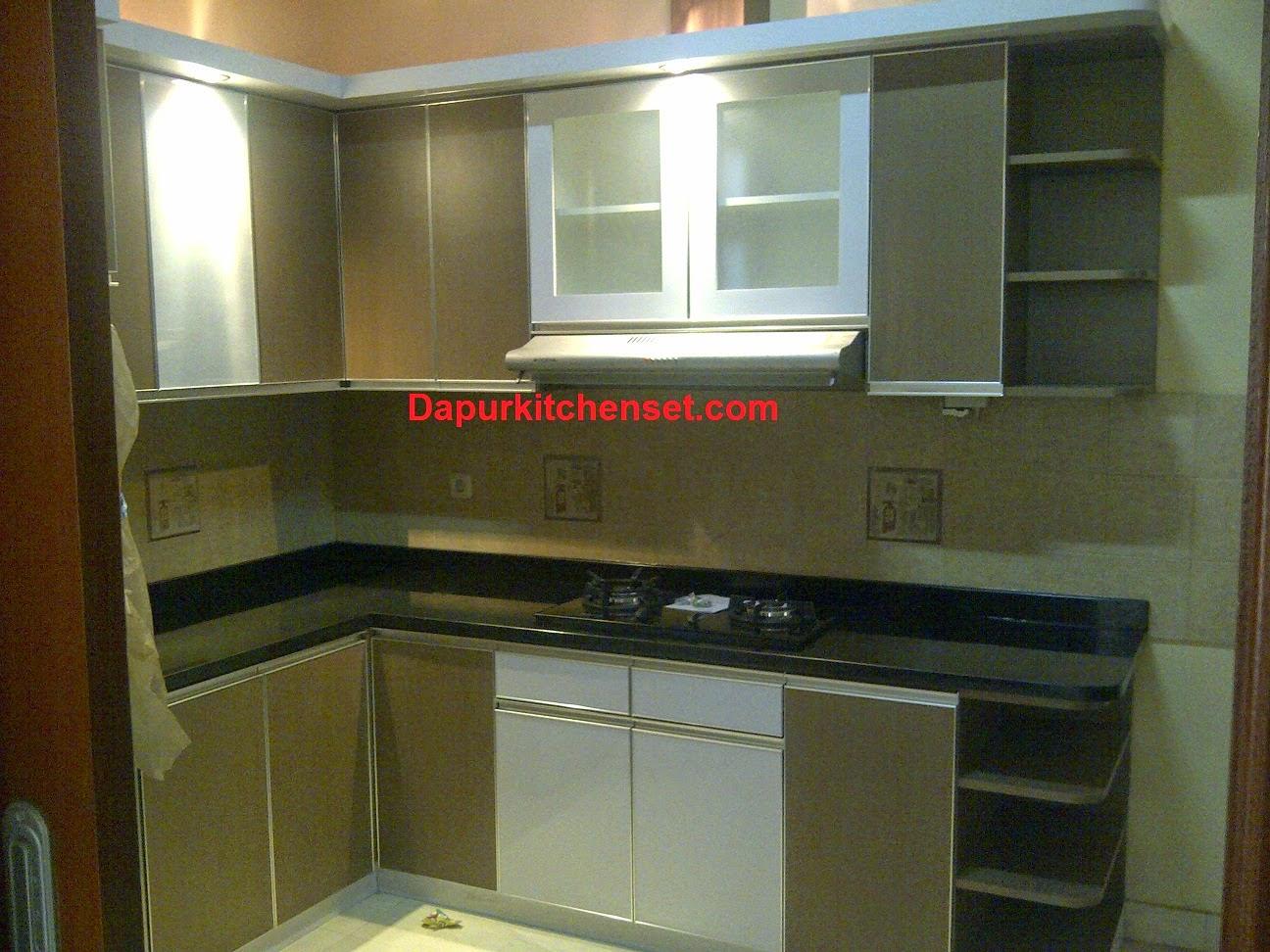 Apartemen Kitchen Set