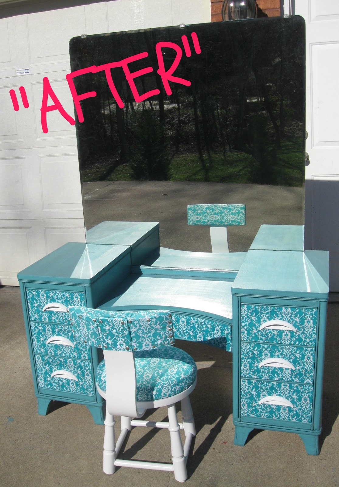 Here are Before & After pictures: - That's Not Junk...Refurbished Recycled Furniture: Antique Vanity