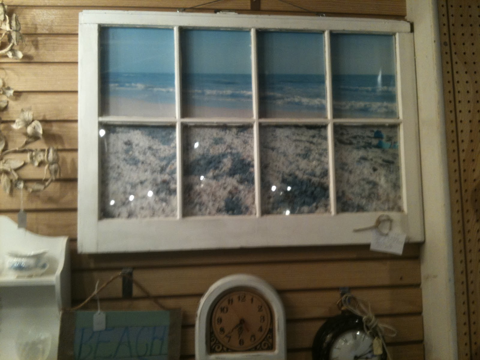 Cottage beach house easy old window projects for Old window craft ideas