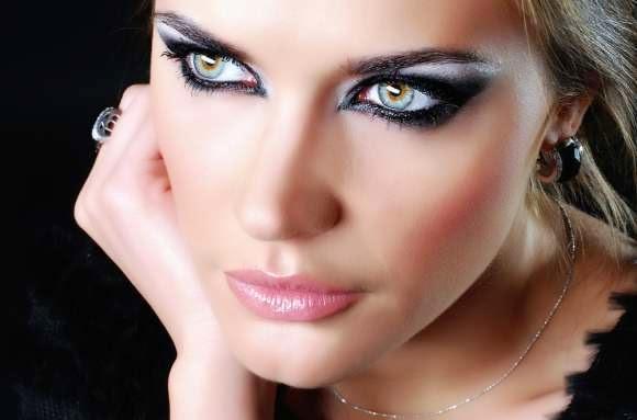 Maquillaje ojos de fiesta