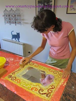 espejo,mosaico,arabe,andalusi,teselas,tiffany,pegamento,hierro,cristal,