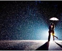 +¿Cuál es tu sueño? -Un beso debajo de la lluvia,¿y el tuyo? +Que empieze a llover ya