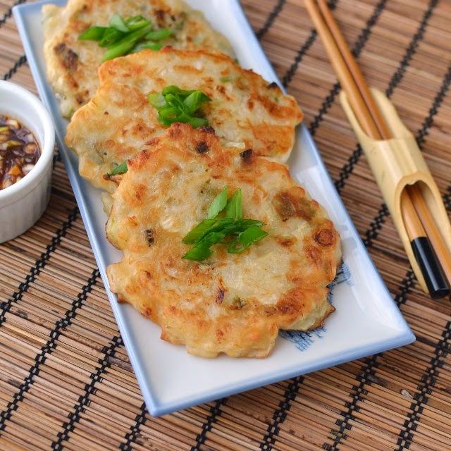 Kimchi Pancakes (Kimchijeon)