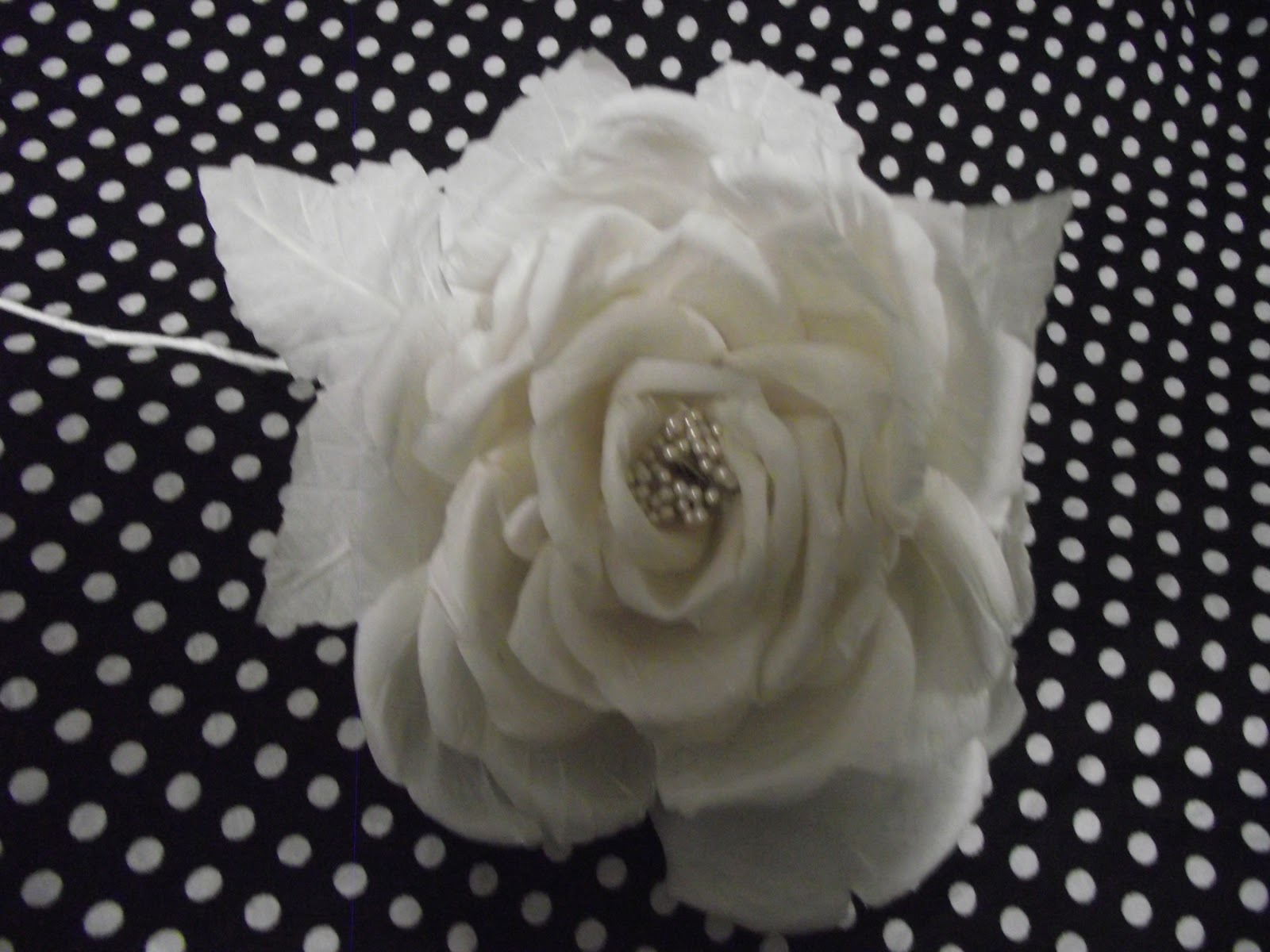 how to make silk roses with fabric