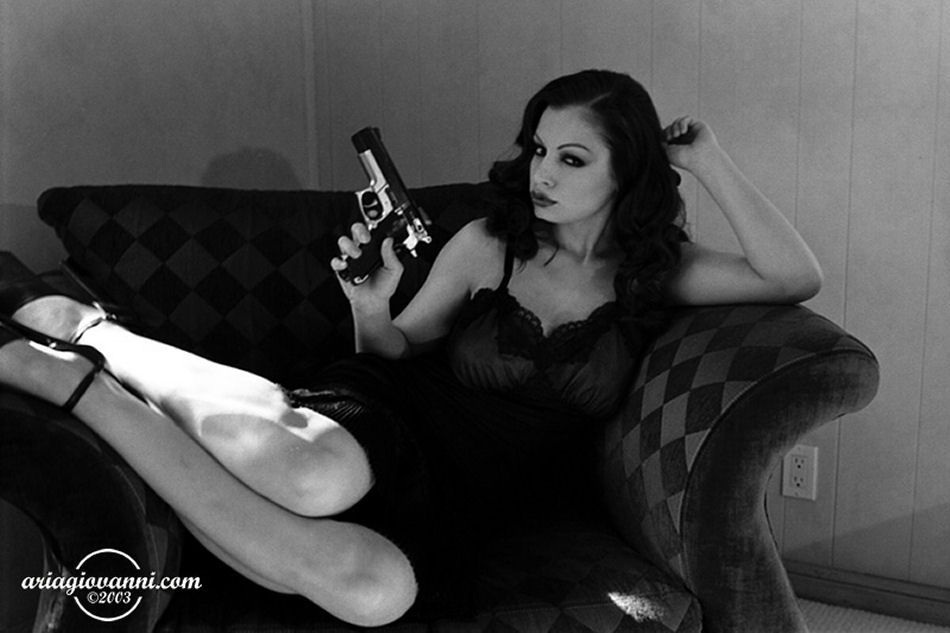aria giovanni smoking fetish