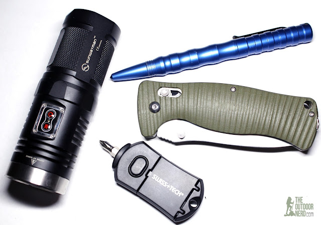 Ganzo G720 With Sunwaymah D40 and Smith & Wesson Tactical Self Defense Pen