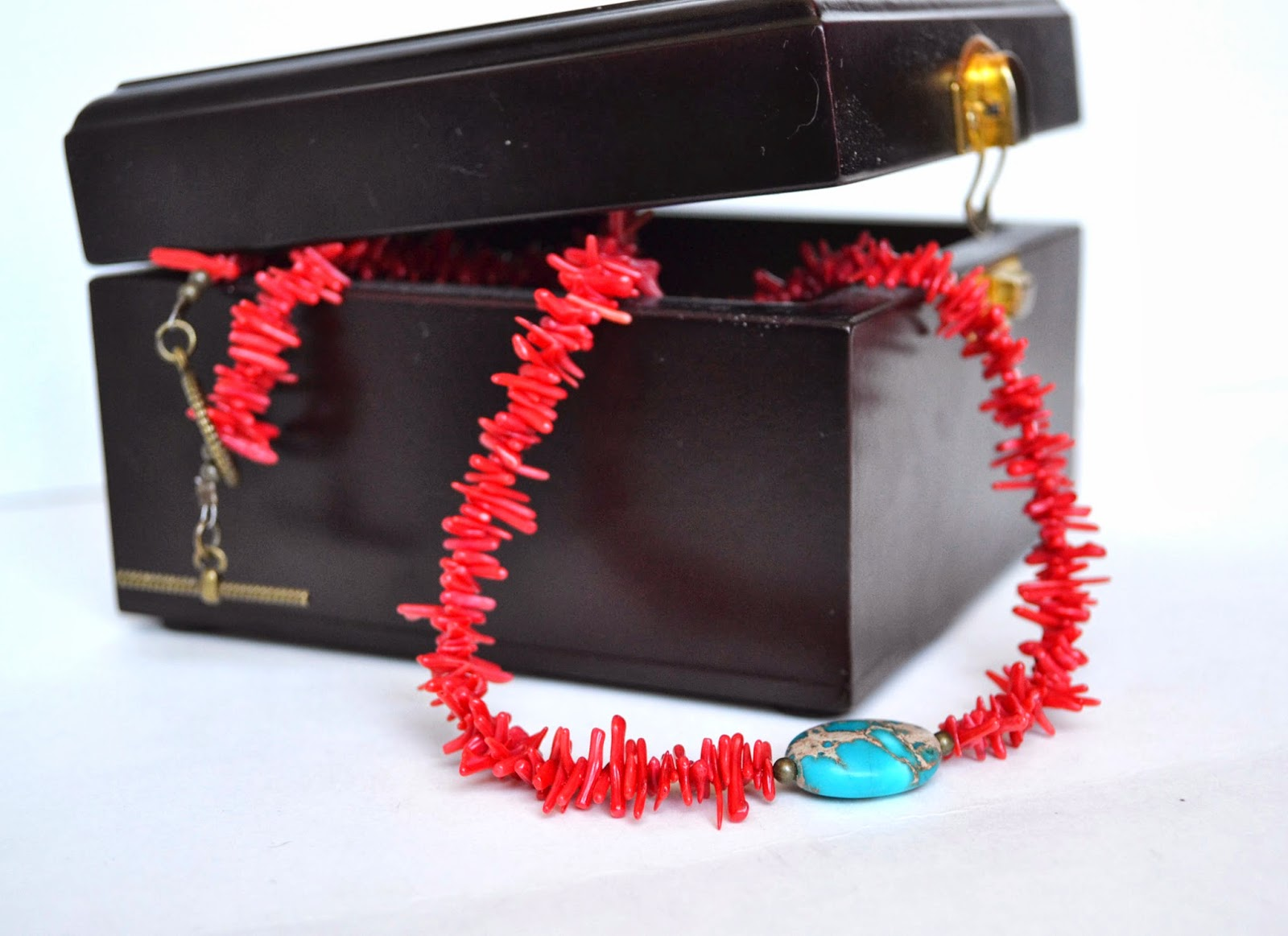 https://www.etsy.com/listing/110326626/red-coral-necklace-mothers-day?ref=shop_home_active_12
