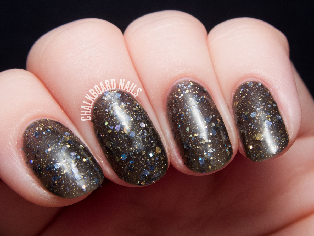 Serum No. 5 Tassel's Worth the Hassle via @chalkboardnails