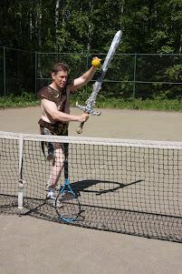 Tennisvalmennusta seura- ja yksityistenniksenä