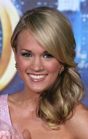 Short hair styles carrie underwood hairstyles carrie underwood hairstyles urmus Image collections