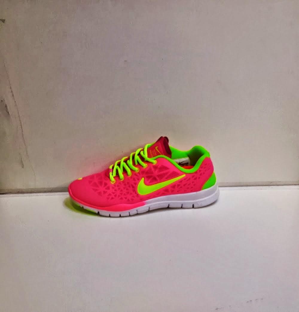 Nike Free TR3 Pink.nike Running,Nike Import,Nike murah