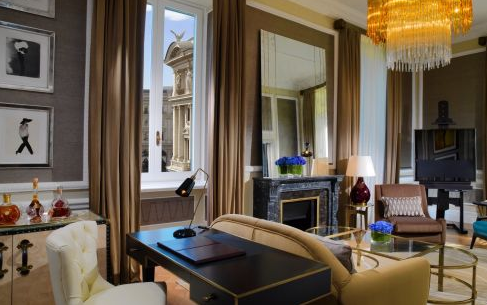 roman holiday suite of the st.regis hotel in rome