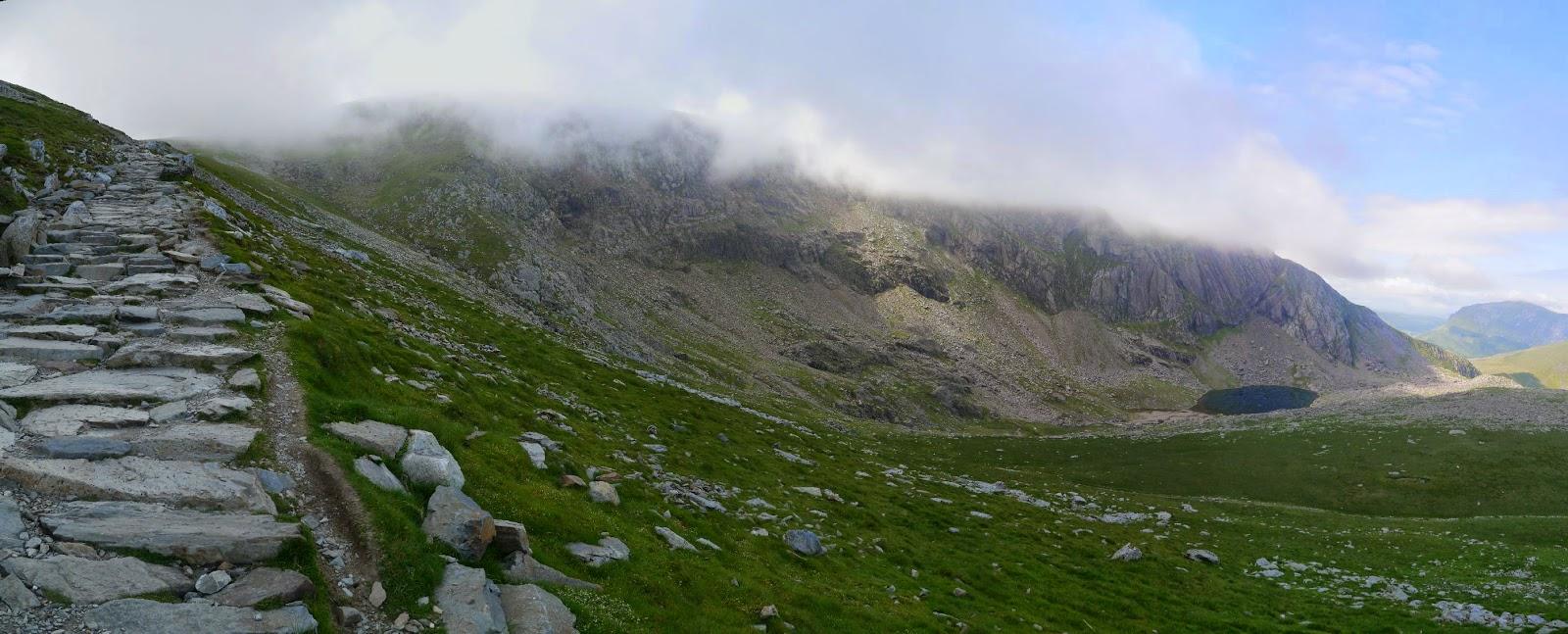 Taipei Hiker: 2014年6月18日 イギリス・スノードン山を登る Hiking up to Snowdon of Wales UK