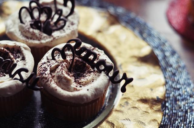 tiramisu glazūrkēksiņi // tiramisu cupcakes
