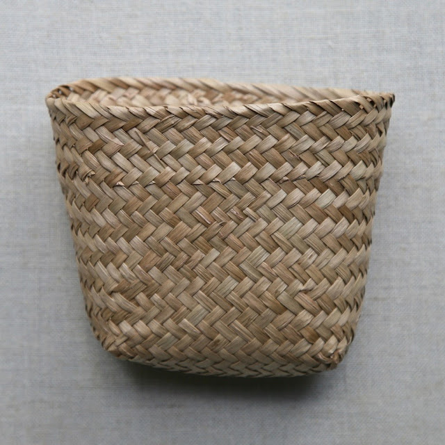 little storage baskets