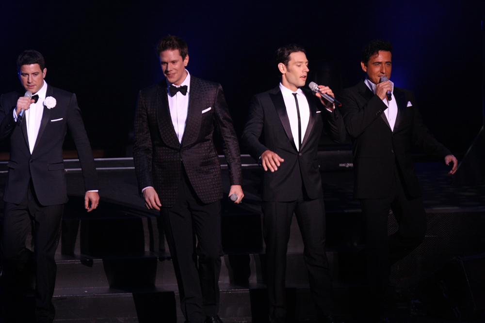 Il divo orchestra in concert at sydney opera house - Divo music group ...