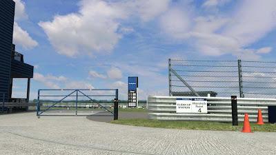 LFS S3 - Rockingham track