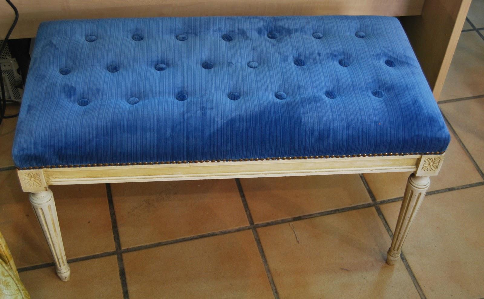 Banco tapizado terciopelo azul | La Tapicera