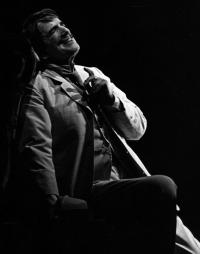 Peter Pears as Aschenbach in the original production of Death in Venice, 1973. Photo Nigel Luckhurst
