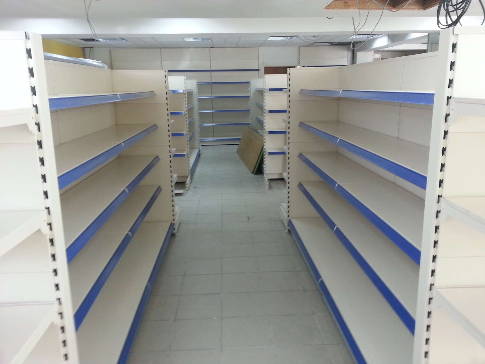 Used Shop Shelving *New Stock just in* Whether you are wanting to buy or sell used shop shelving and equipment, don't make a decision until you have spoken to us.