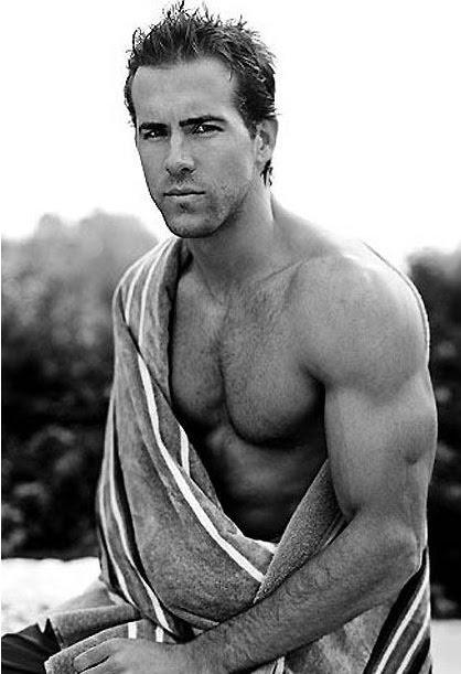 ryan reynolds shirtless photos. ryan reynolds shirtless