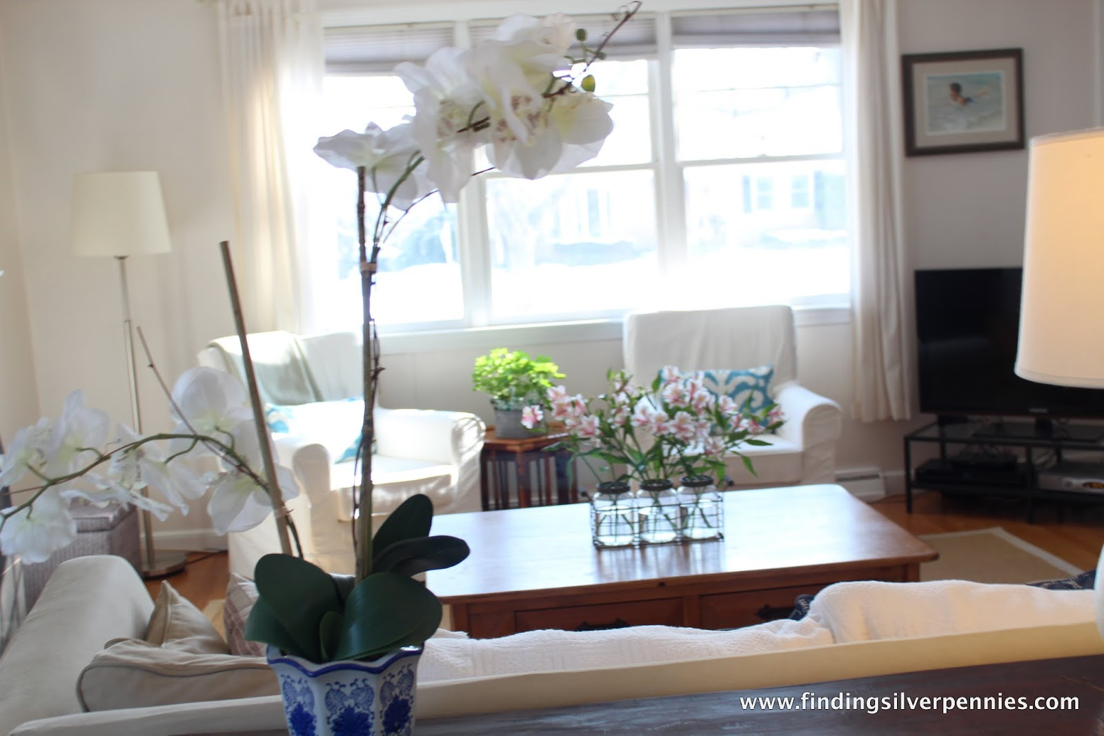 Living Room Updates - Finding Silver Pennies