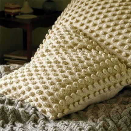 Big Bobble Cushion - Free Pattern