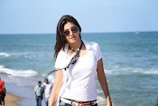 Actress Poonam Kaur latest Hot Photos at Beach-thumbnail-4