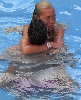 belen esteban fran marido piscina
