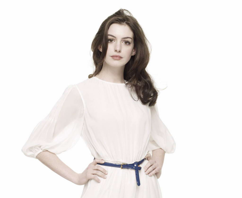http://4.bp.blogspot.com/-eKPYHPQ3HuI/T0uBoNuloyI/AAAAAAAAAlY/Ppg9nwRIt3M/s1600/Anne+Hathaway+wears+pretty+white+dress+for+Get+Smart+Promo+Shoot+%281%29.jpg