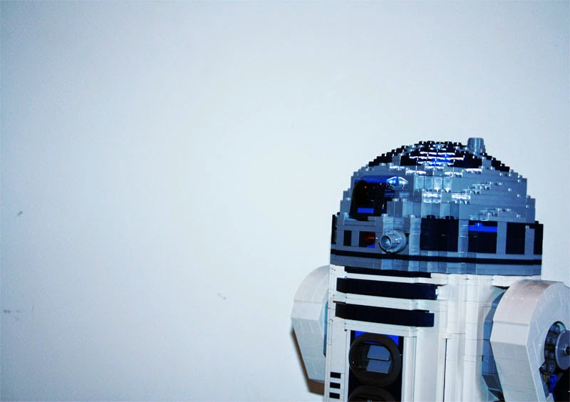 Droid R2D2 Starwars Maythefourth maythe4d vierter Mai Krieg der Sterne Disney