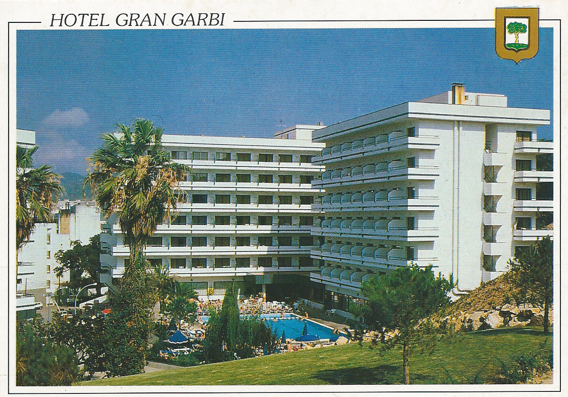 klein and hotel and spanje: