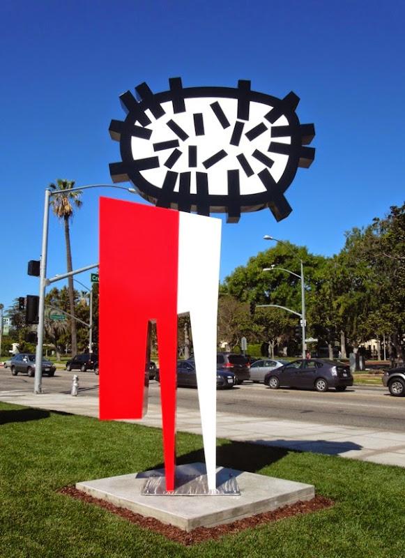 Pulpo en el Coche sculpture Beverly Hills