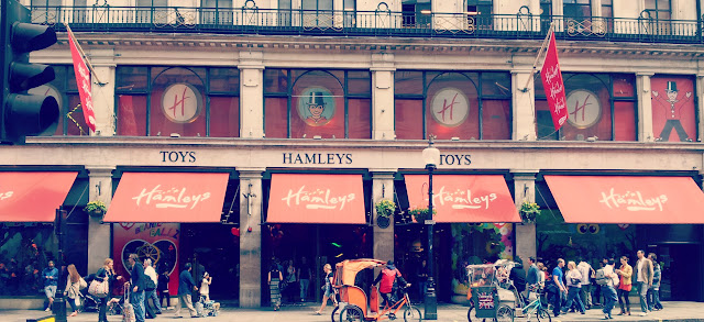 Hamleys, London, Toys
