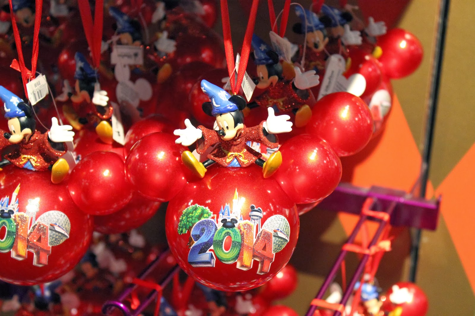 Disney world christmas decorations 2014 - 2014 Disney World Christmas Ornaments