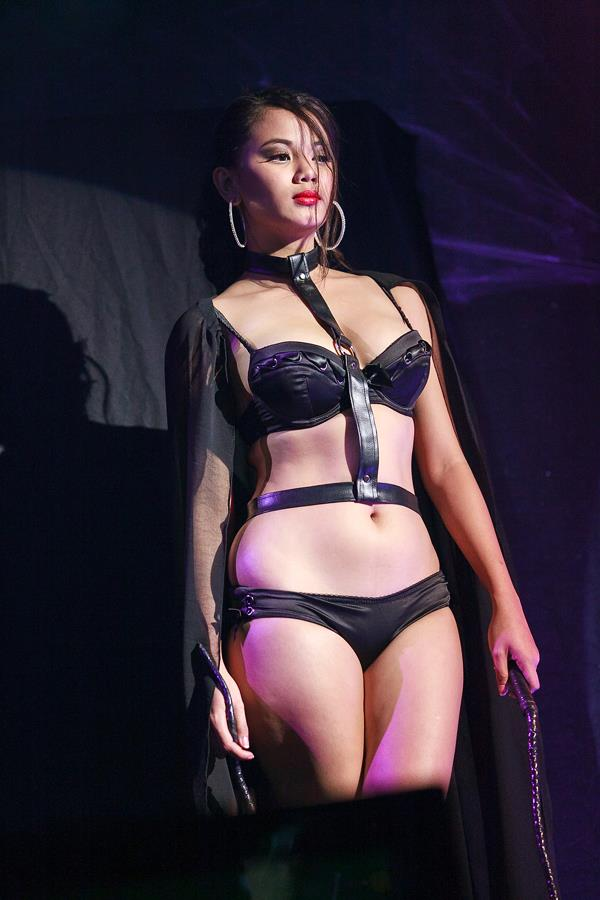 danica torres in fhm halloween ball 02