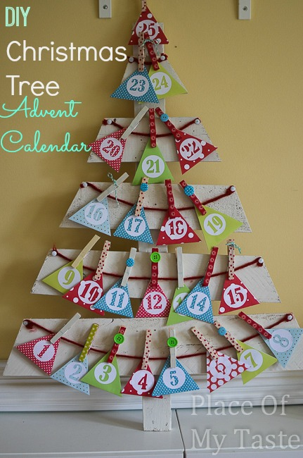 DIY CHRISTMAS TREE ADVENT CALENDAR { Tutorial } - Place Of My Taste