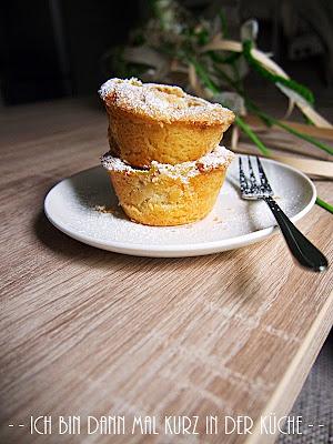 die lisa k chenfl sterin ber die s en seiten des lebens rhabarber streusel muffins ich bin. Black Bedroom Furniture Sets. Home Design Ideas