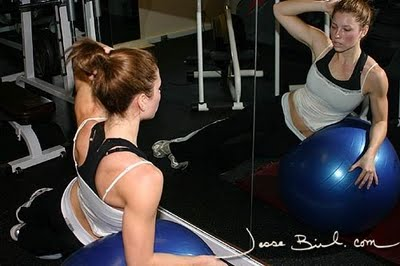 Jessica biel hot and trim body workout ~ How to build muscles Jessica Biel Workout