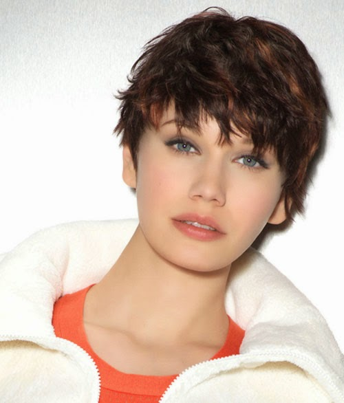 http://casaideia.blogspot.com/2015/04/short-haircuts-for-thick-wavy-hair.html