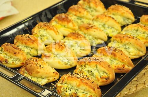Oktay Usta Peynirli Poğaça Tarifi Yeşil Elma